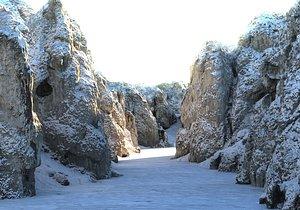 mega winter canyon model